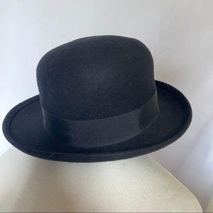 Vintage Howard Miss Bierner Black Wool Bowler Hat